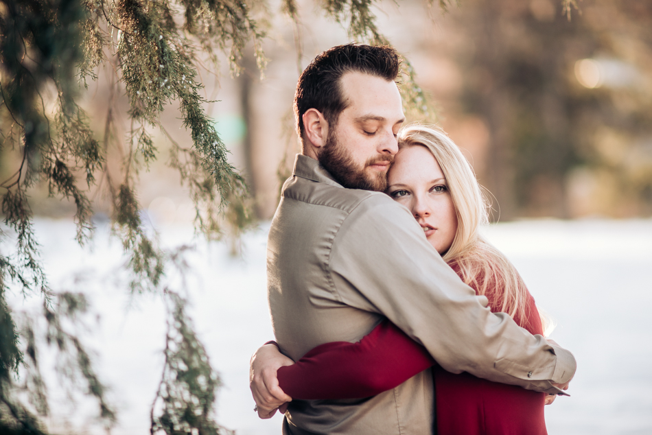 10 Winter Engagement Session